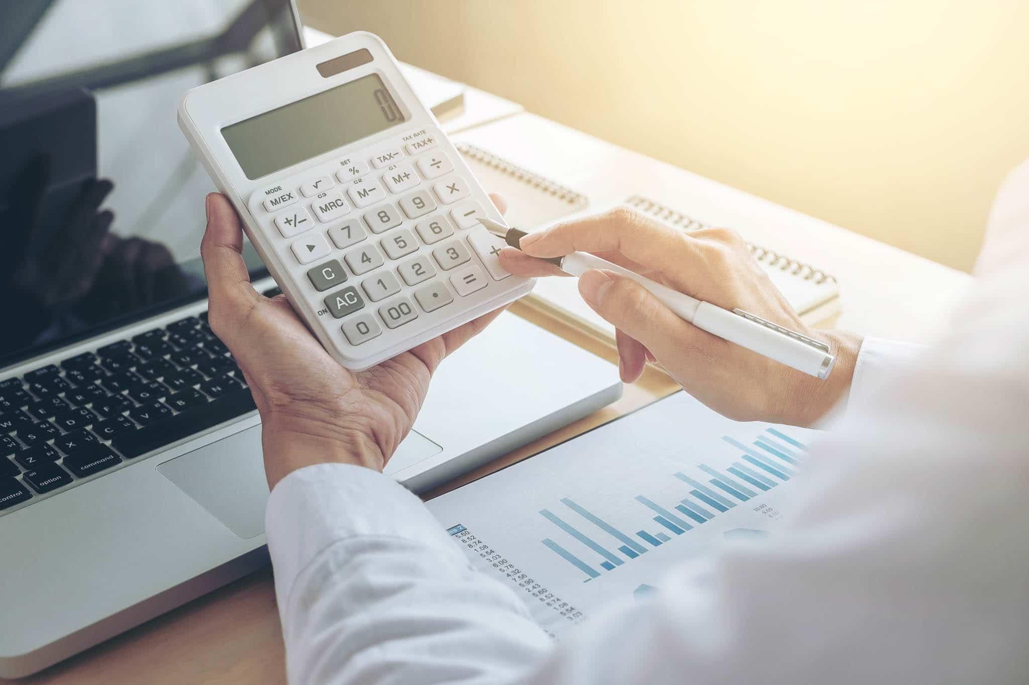 Los seguros llevan IVA