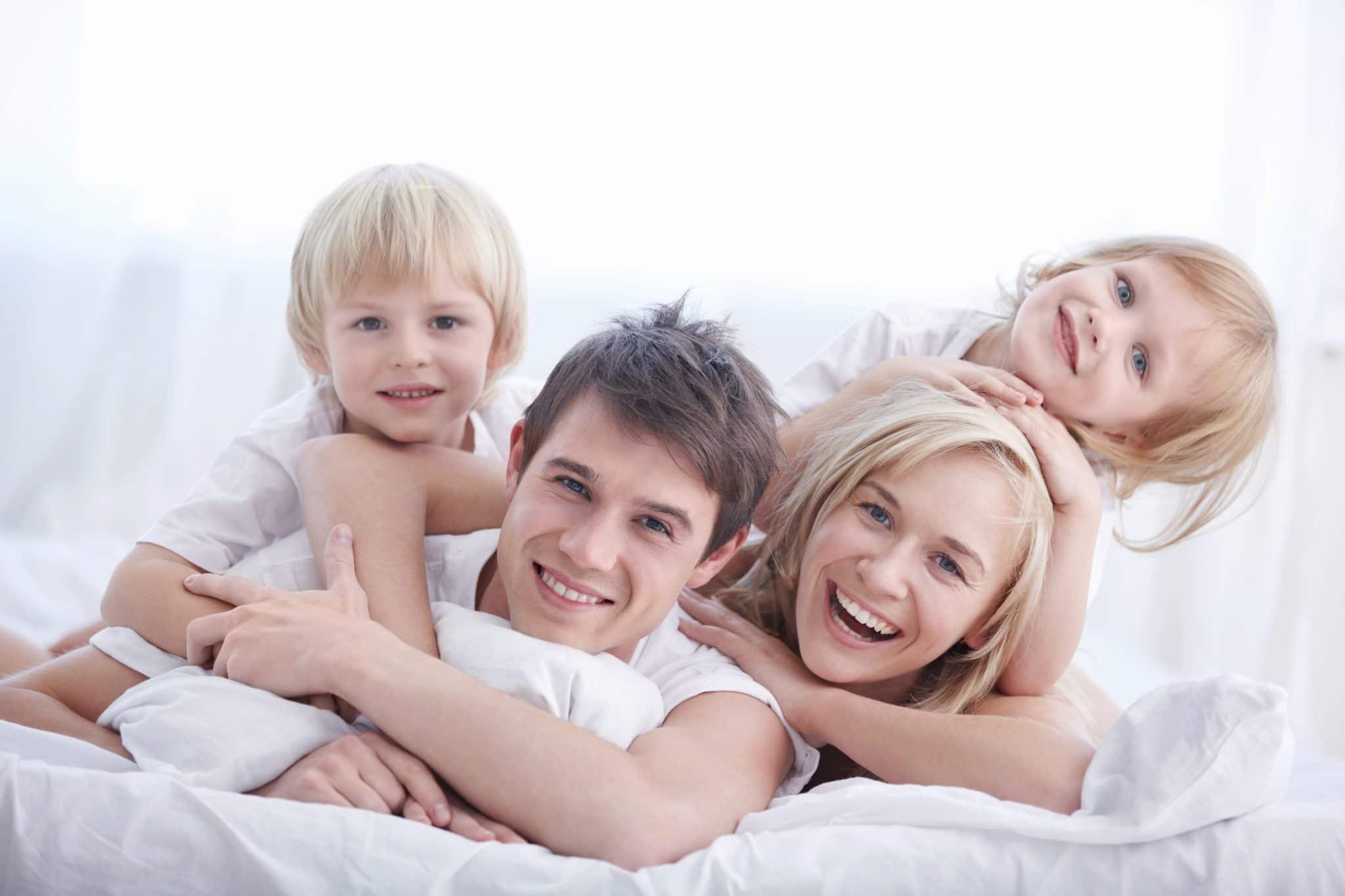 Familia seguro de vida entera